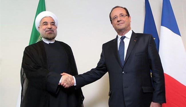 هولاند يدعو روحاني لزيارة فرنسا