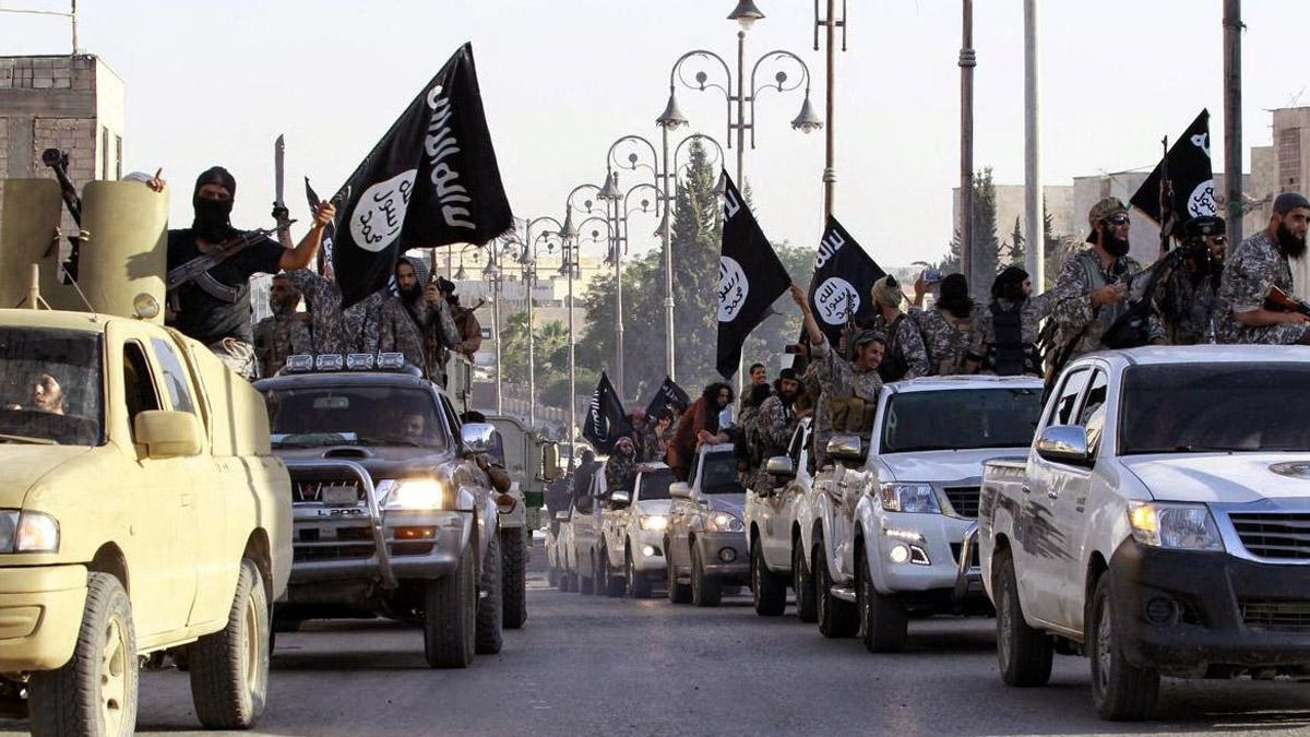 إشتباكات بين داعش و أهالي سرت