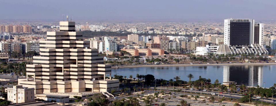 مظاهرة تأييد تهتف باسم القذافي في بنغازي الليبية
