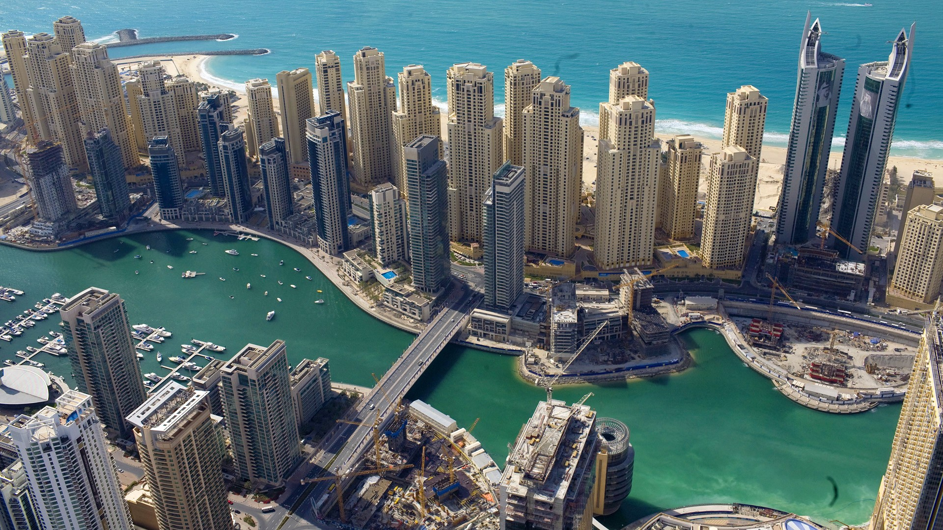 عقارات دبي تواجه خطر الأنهيار مجدداً