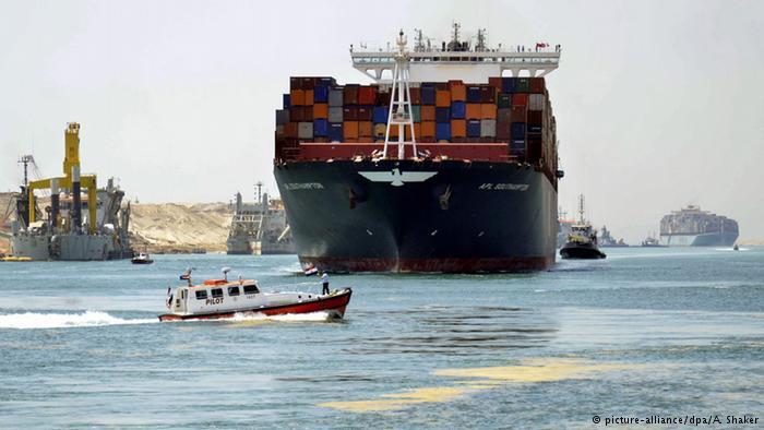 مصر تدشن قناة السويس الجديدة