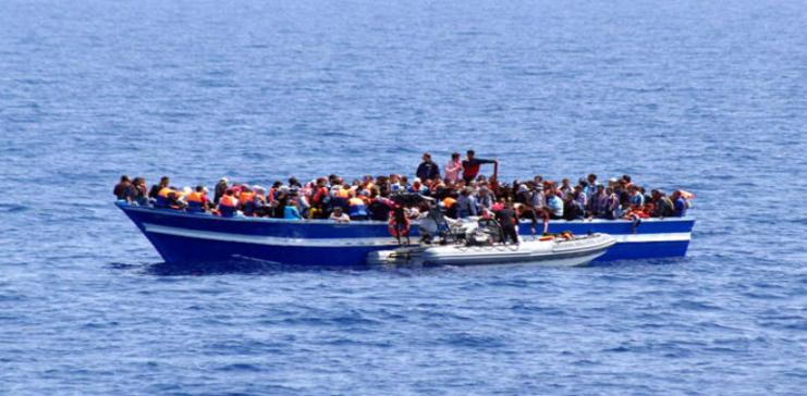 غرق مركب صيد قبالة السواحل الليبية