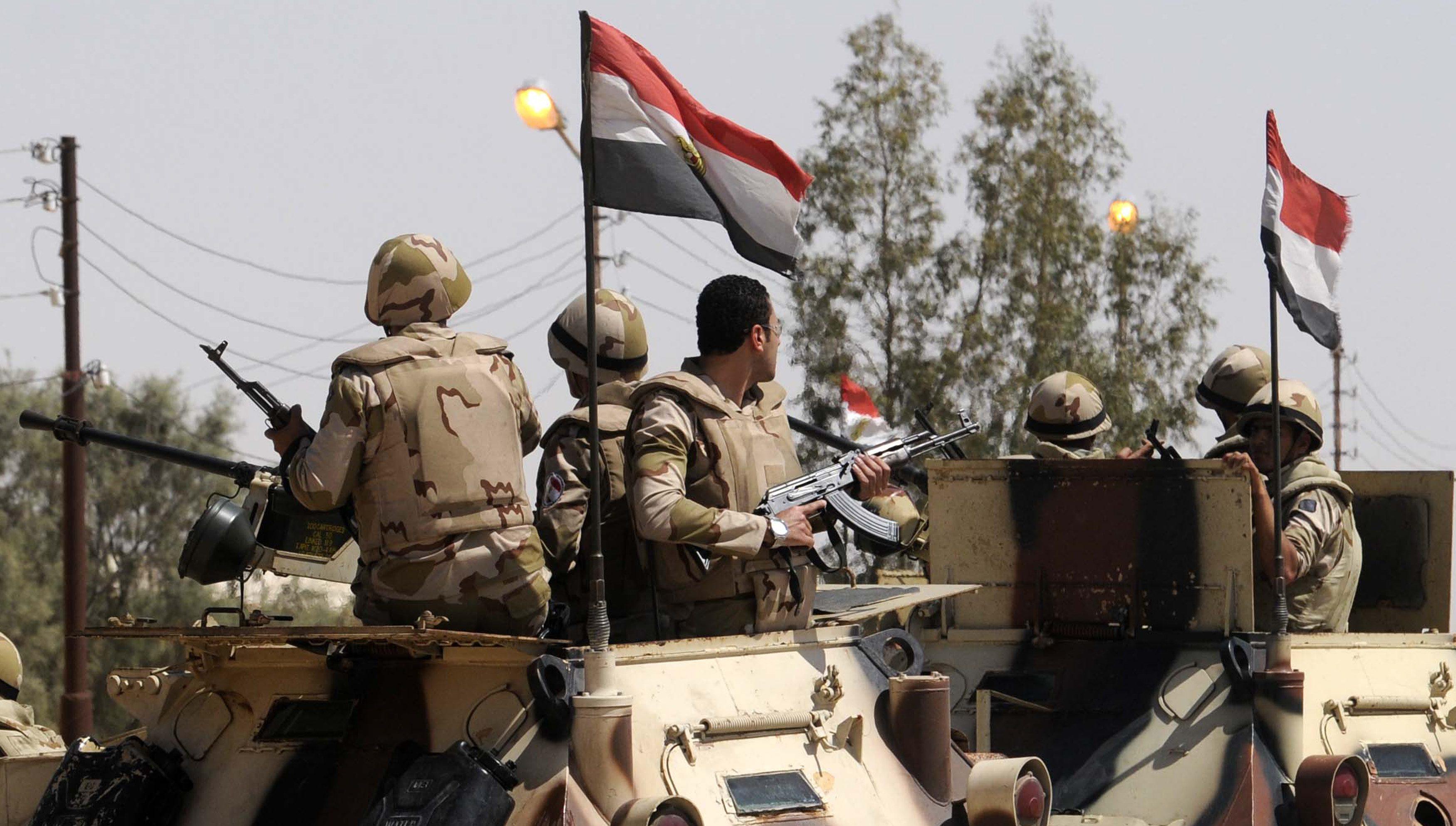 الجيش المصري يبدأ عمليات واسعة ضد المتشددين في سيناء