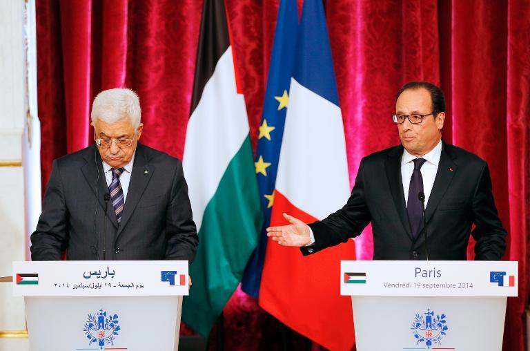 عباس يحذر من اندلاع انتفاضة جديدة و يدعو نتنياهو للعودة إلى طاولة المفاوضات