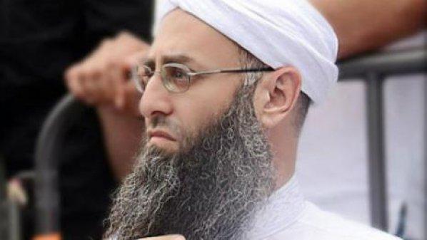 قاضي التحقيق العسكري في لبنان يصدر مذكرة وجاهية بتوقيف الأسير