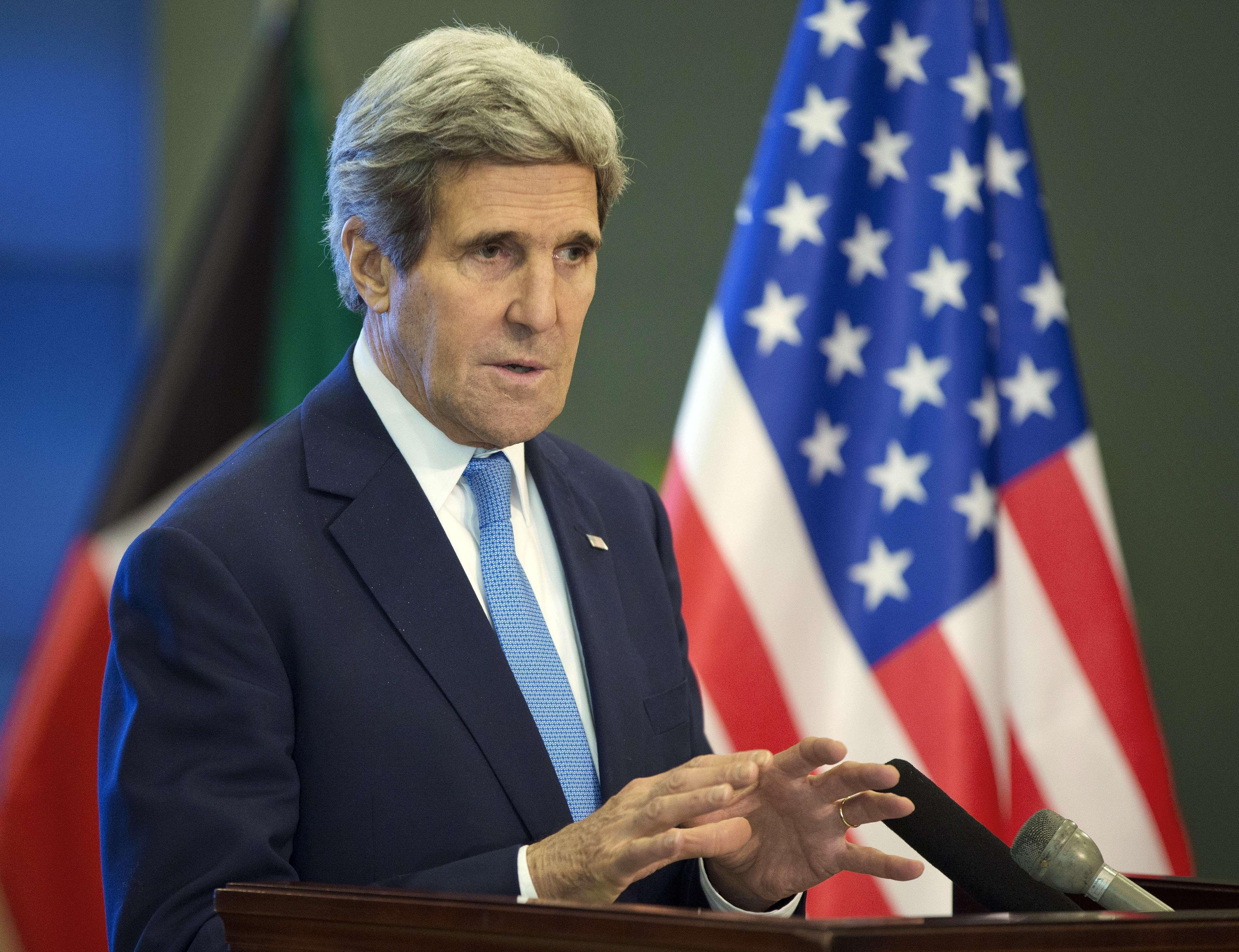 كيري يدعو حلفاء الأسد اقناعه بالتفاوض