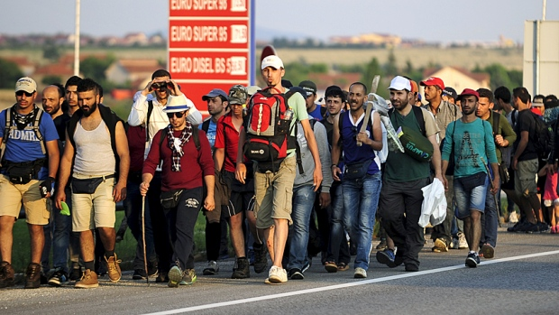 ألمانيا تدعو اللاجئين إلى قبول الحياة فيها كما هي و إحترام دستورها وقوانينها