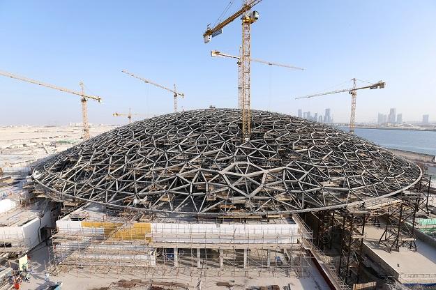 تأجيل افتتاح فرع اللوفر في أبوظبي لأواخر 2016