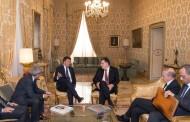 فائز السراج يلتقي ماتيو رينزي بقصر كيجيفي في أول زيارة أوروبية له