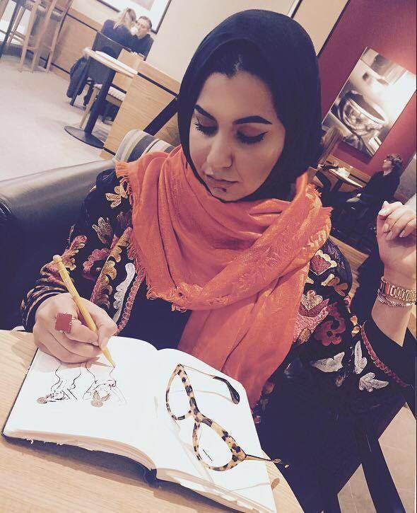 اسلام غزالة ... أنامل ليبية تمزج الفن بالإبداع و تجذب الرُقي والجمال 1