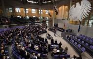 البوندستاغ يناقش ملف حوادث معاداة الأجانب في بعض الولايات الألمانية
