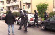 احتجاز 3 سوريين في ألمانيا للاشتباه في صلتهم بالدولة الإسلامية