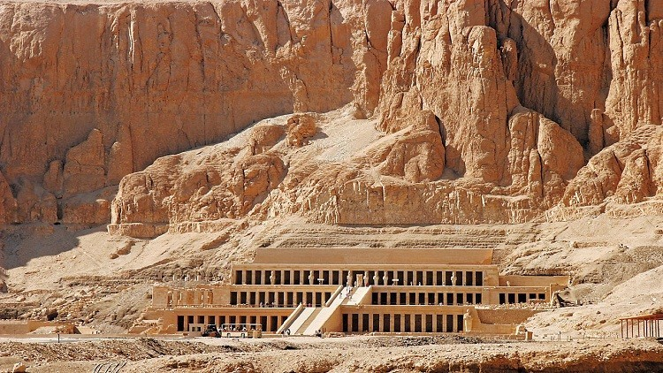 مدينة الأقصر المصرية تفتتح أول مركز لاستنساخ مقابر ملوك وملكات الفراعنة