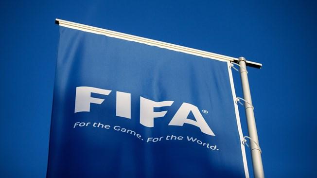 الفيفا يهدد الاتحاد الأرجنتيني لكرة القدم بالإيقاف