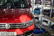كبرى شركات صناعة السيارات الألمانية مرسيدس وفولكسفاغن تسحبان مليون سيارة في الصين