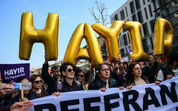 محكمة تركية عليا ترفض طعن المعارضة في نتيجة الاستفتاء