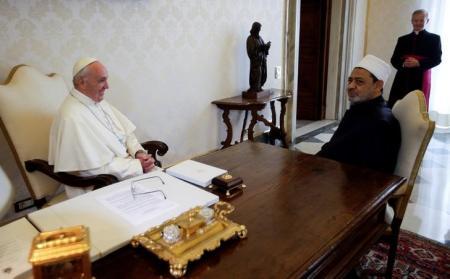 هل ستصلح زيارة البابا فرانسيس ما افسدته الإعتداءات على كنائس الأقباط في مصر