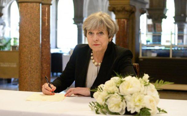 استأنف الحملة الانتخابية في بريطانيا بعد اعتداء مانشستر