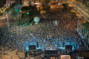 مع اقتراب الذكرى الخمسين لاحتلال الاراضي الفلسطينية آلاف الاسرائيليين يتظاهرون تأييدا لحل الدولتين