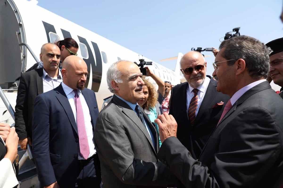المبعوث الأمم إلى ليبيا غسان سلامة يزور بنغازي و ويجتمع بعميد بلديتها1