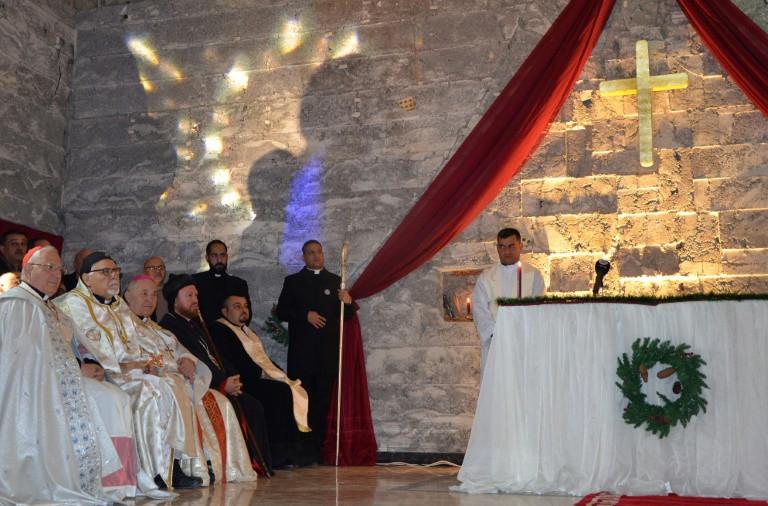البابا يلقي عظة عيد الميلاد بعد دعوته الى عدم تجاهل محنة المهاجرين1