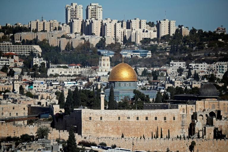 ترامب يتجاهل التحذيرات مؤكدا نيته نقل السفارة الاميركية الى القدس2
