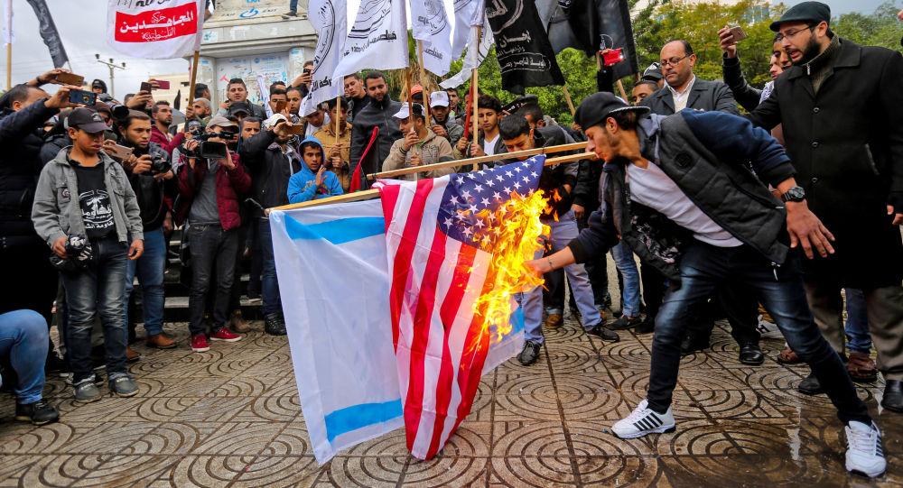 غضب فلسطيني بعد قرار ترامب حول القدس وحماس تدعو الى انتفاضة جديدة1