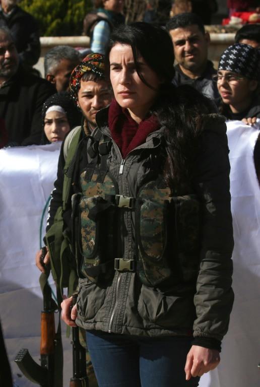 تعبئة عامة في عفرين بين المدنيين والعسكريين لمواجهة الهجوم التركي1