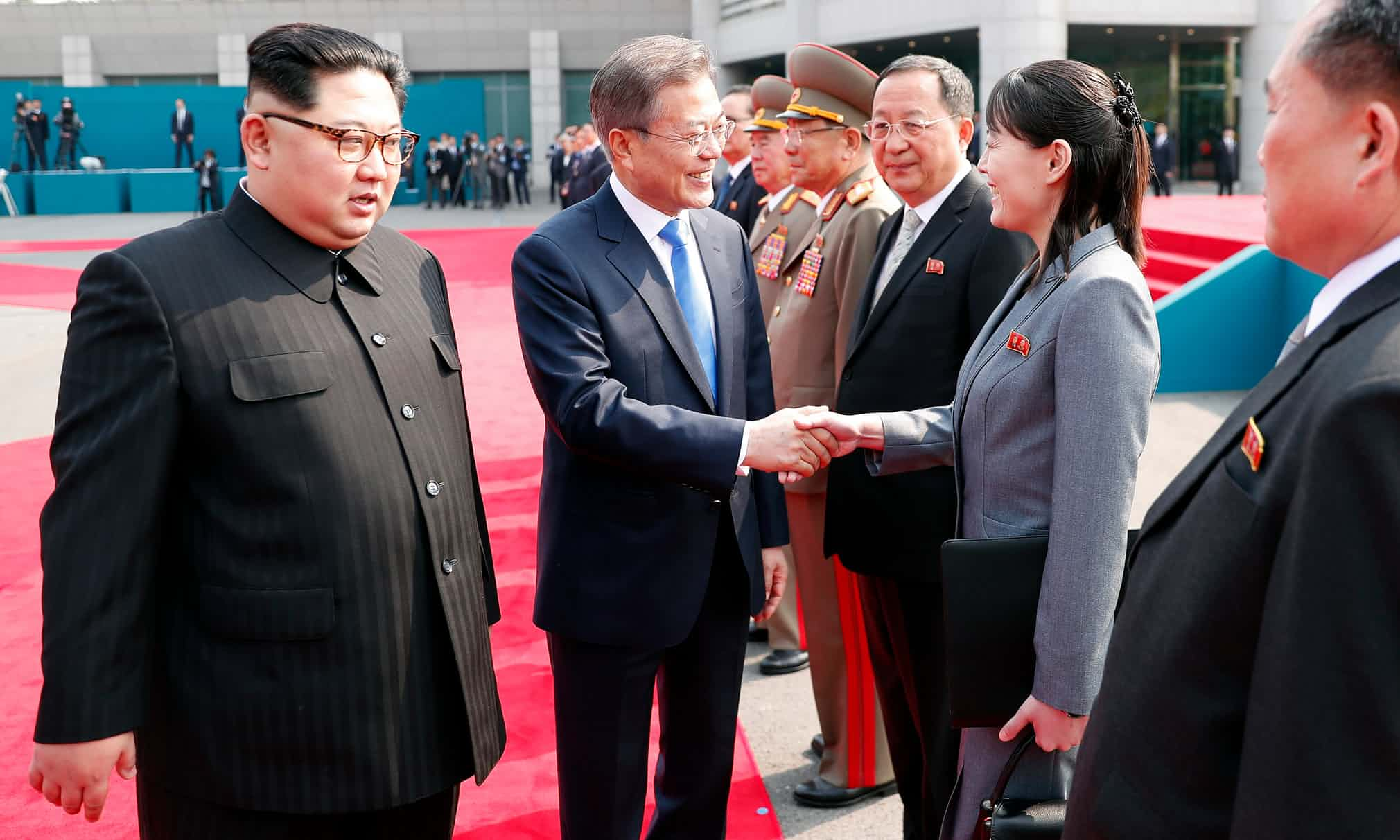 قمة تاريخية بين الزعيمين الكوريين3