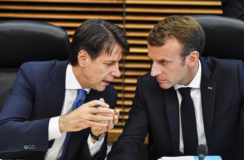 أمريكا تدخل على خط الصراع الإيطالي الفرنسي في ليبيا1